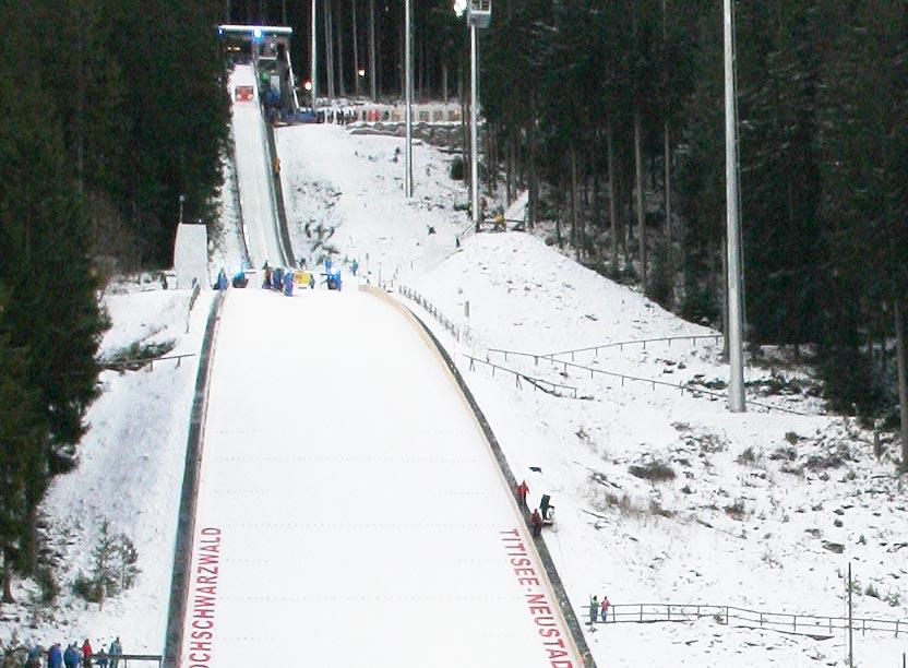 Einweihung der Flutlichtanlage bei Skisprungweltcup in Titisee-Neustadt