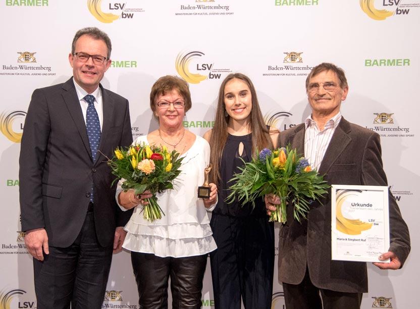 Trainerteam des Jahres Maria und Siegbert Ruf mit Kunstturnerin Tabea Alt und Georg Wacker