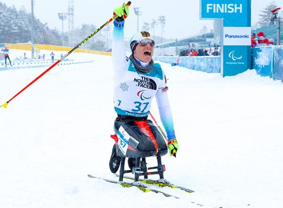 Martin Fleig gewinnt Gold im Biathlon bei den Paralympischen Spielen 2018